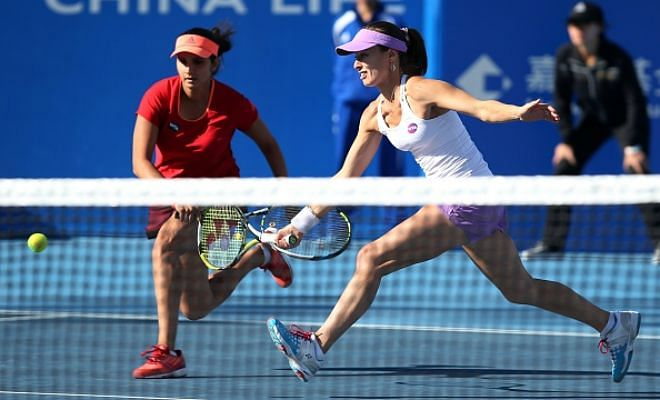 Hingis/Mirza in China Open finals