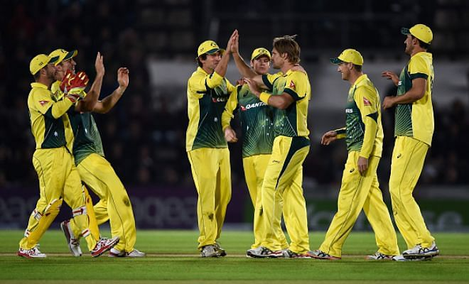 Australia beat England by 59 and lead the series 1-0