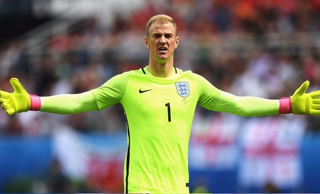 Hart and Oblak on Conte's radarWith Thibaut Courtois linked to a mega move to Real Madrid, Antonio Conte is looking to sign Joe Hart or Jan Oblak as the first-choice Chelsea stopper. Hart is out of favour at Manchester City and is currently on loan at Torino. Oblak is sidelined for the next three months with an injured shoulder.