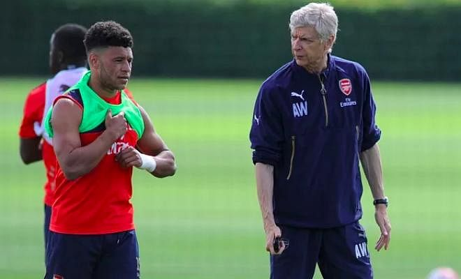 WENGER TELLS OX TO STAY AT ARSENALThe French manager has told the starlet to learn from Theo Walcott. Wenger said