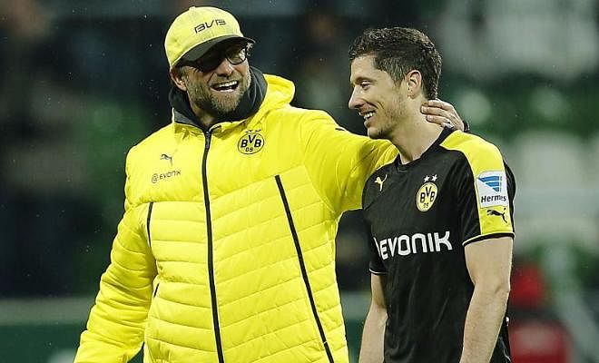 "ROBERT LEWANDOWSKI SAYS LIVERPOOL CAN WIN THE TITLE UNDERJURGEN KLOPPThe Bayern striker has spoken about his admiration of Liverpool manager Klopp, and has said ""Under Klopp I think they will be fighting for the title this season. Pep and Manchester City will not make it easy for anybody to win the title, but Liverpool have a real chance."
