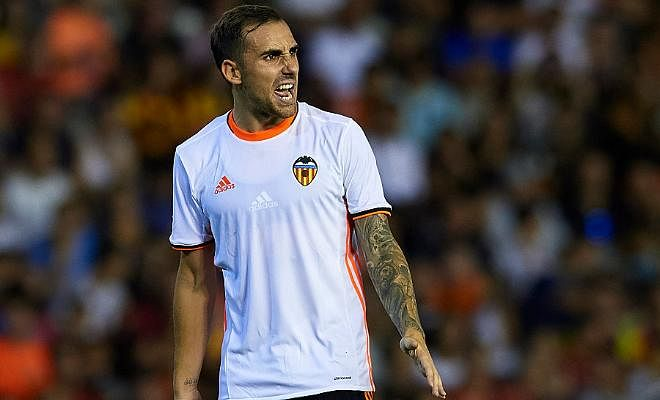 VALENCIA KEEN ON RETAINING ALCACER!!Valencia are unwilling to allow striker Paco Alcacer to leave for Barcelona. The striker has already agreed personal terms with the Catalans but Los Che are refusing to offload him unless he hands in a written transfer request.