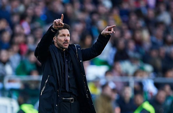 Simeone giving instructions during Atletico's defeat by Betis last weekend