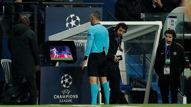 Analyzing the big VAR incidents in the Champions League knockouts this  season 4dd1823e9