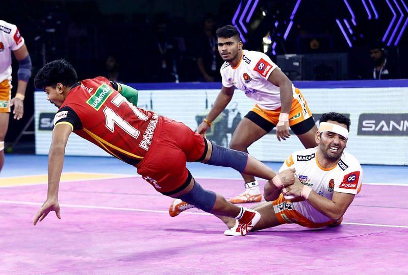 Pro Kabaddi 2019: Puneri Paltan outclass defending champions Bengaluru Bulls 31-23