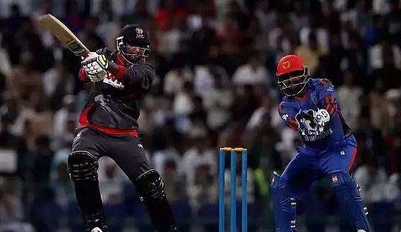Hindi Cricket News: यूएई के विकेटकीपर अचानक टीम छोड़कर पाकिस्तान भागे