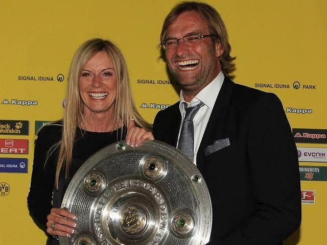 Klopp and his wife celebrate his Bundesliga win