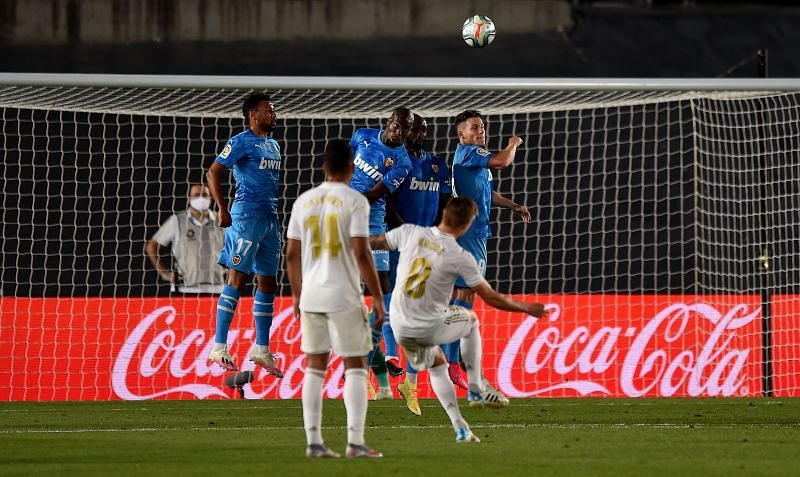 Real Madrid's Kroos came close with a free-kick from distance, during another impressive midfield showing