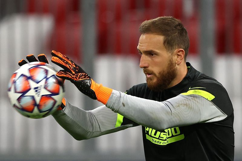 Oblak endured a forgettable night against Bayern's attacking ruthlessness, but wasn't given sufficient help