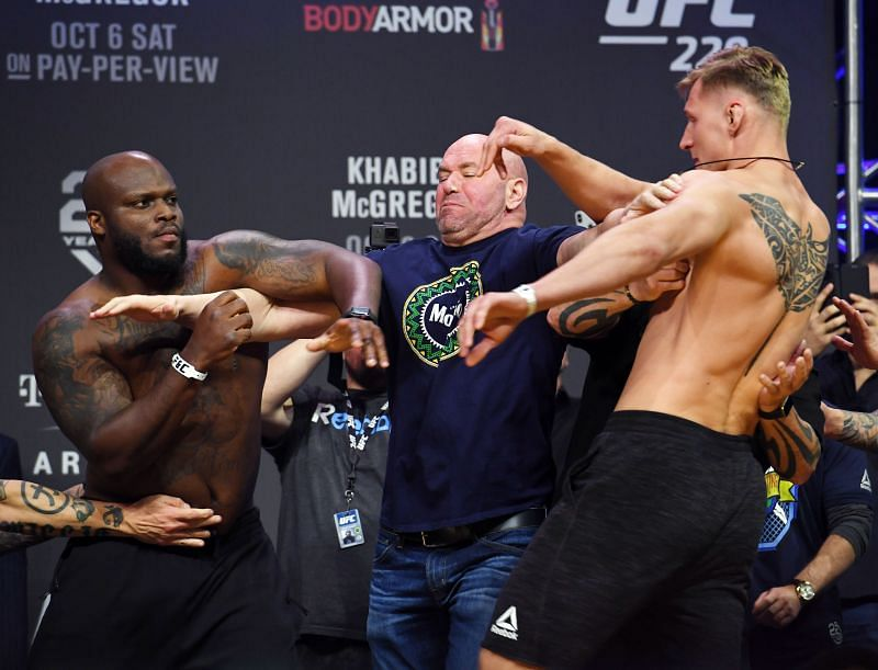 Watch: UFC heavyweight Derrick Lewis pulls off an insane last minute KO of Alexander Volkov after losing the fight up till then!