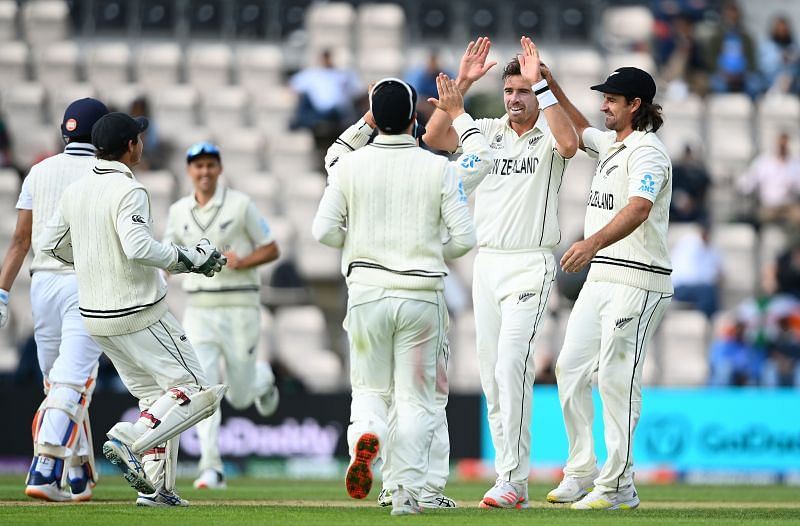 """WTC final: """"India have to give New Zealand around 4 an over to chase"""" - Brad Hogg"""