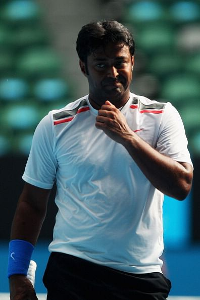 Paes-Stepanek out of India Wells