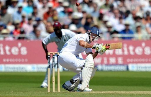 Root-Butler stand takes England to 303 for six