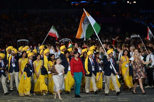 Olympics indian contingent greeted with huge cheers