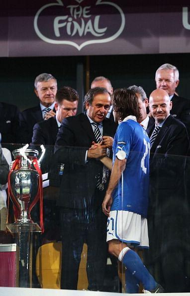 Italian soccer chief praises Prandelli's work
