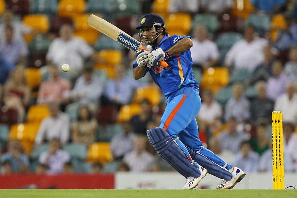 Bowlers would have to adapt quickly: Dhoni