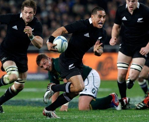 New Zealand beat South Africa in rugby