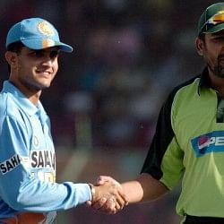 Cricket's Closest Contests: India vs Pakistan, Karachi, 2004