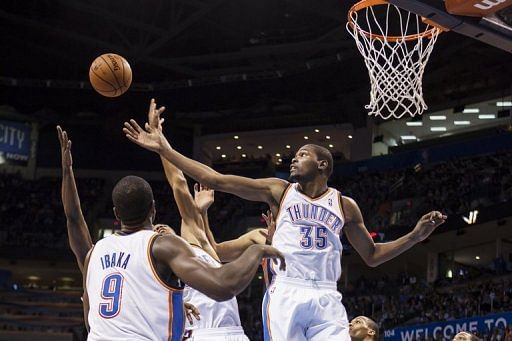 NBA: Durant helps Thunder get past Spurs