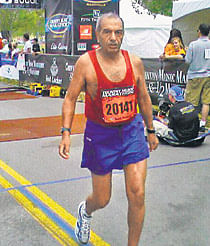 81-year-old Delhi man Ashis Roy takes marathon tally to 133