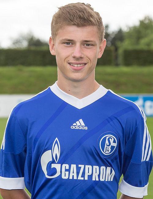 Max Meyer Oberkörper