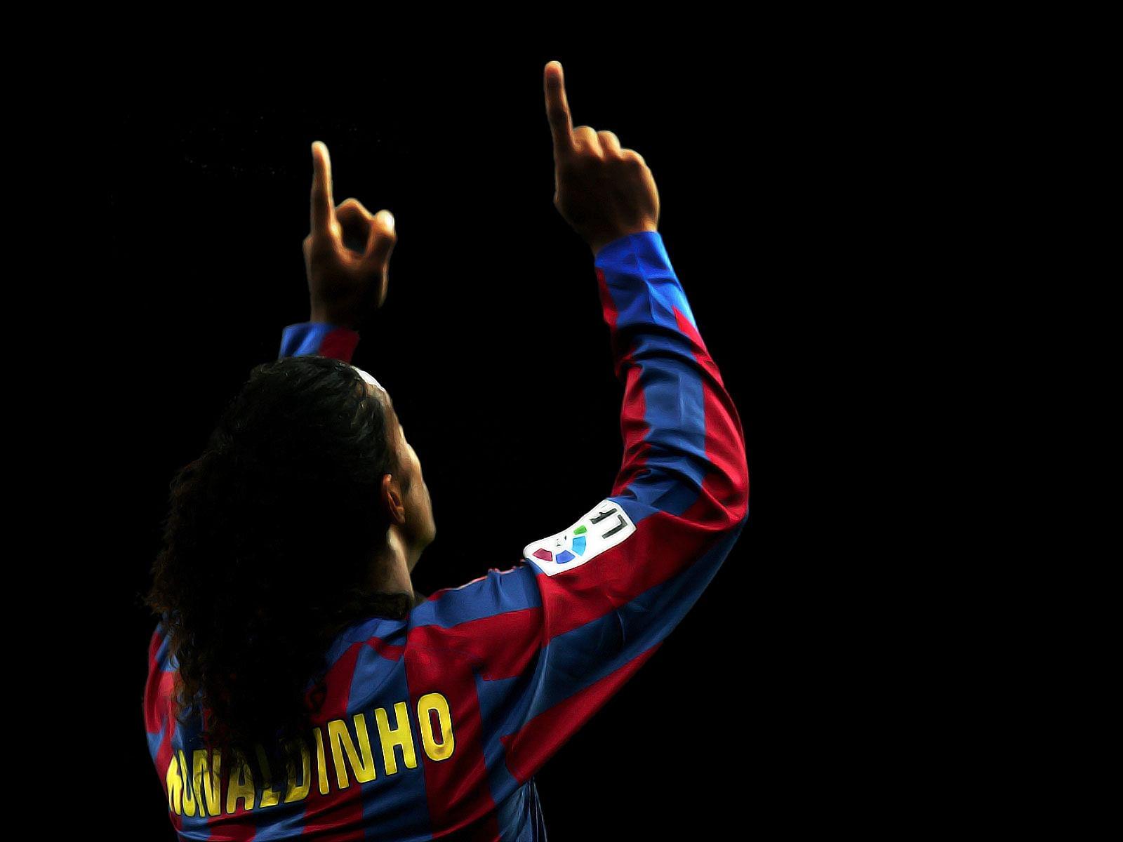 Ronaldinho rise fall and rise again - Ronaldinho wallpaper ...