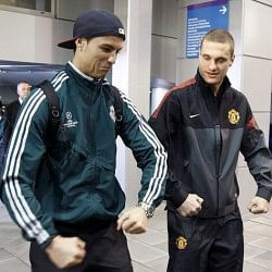 Ronaldo and Vidic do the Balotelli!