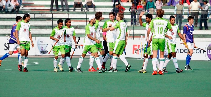 Delhi Waveriders maintain winning run, cut UP Wizards to size