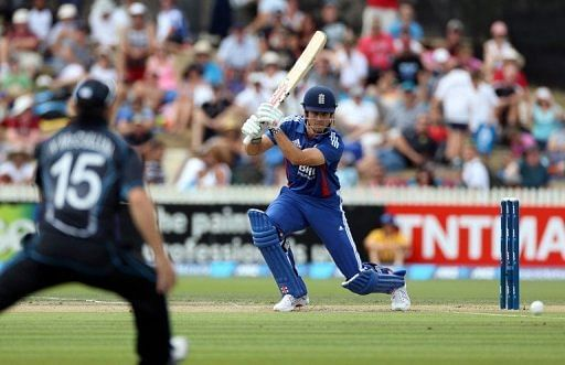 Third India-New Zealand ODI ends in dramatic tie