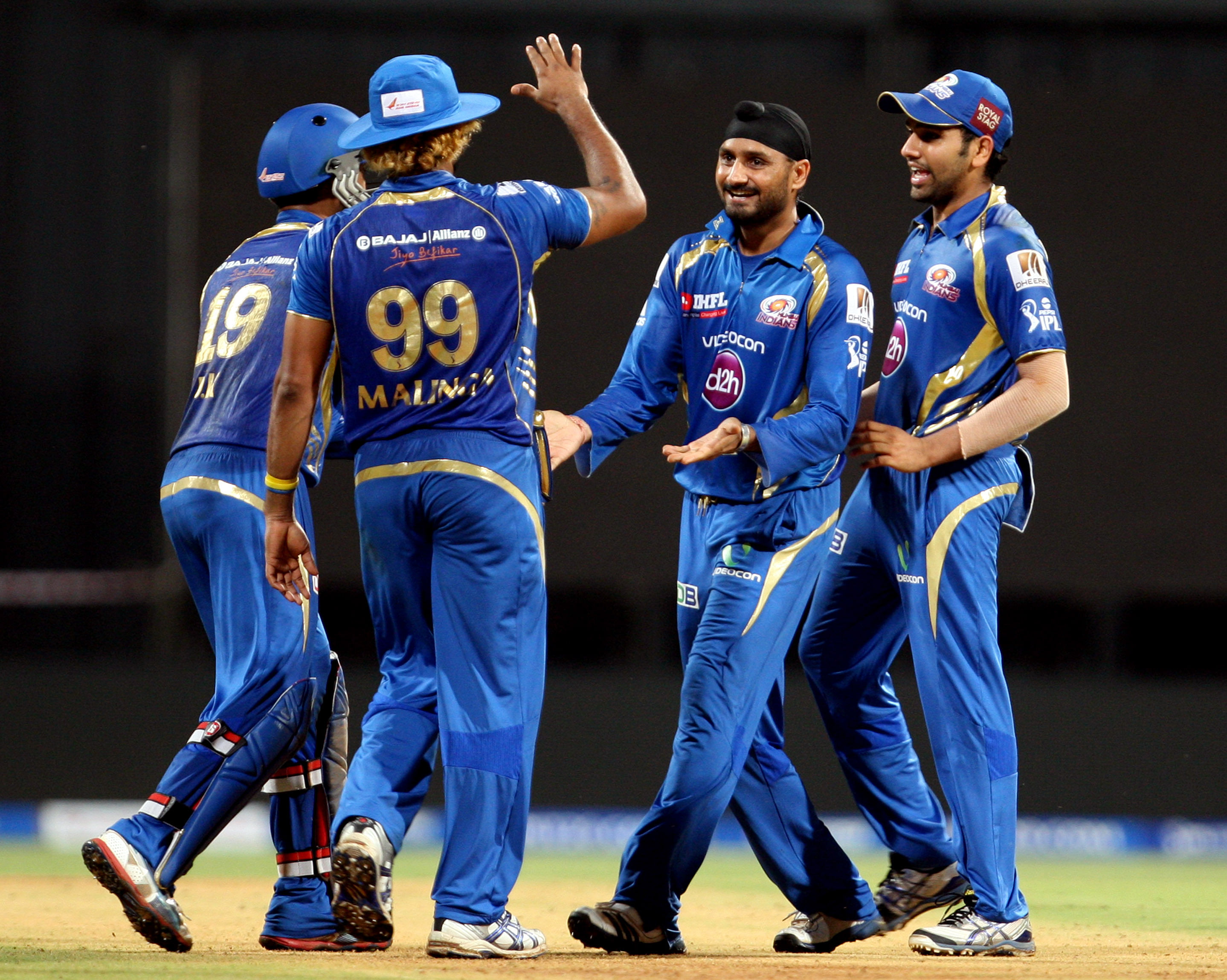 IPL 6: MI vs KXIP – Quick Flicks of the match