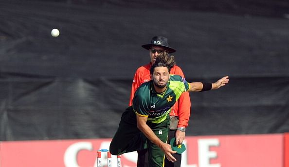 Afridi clinches thriller for Pakistan against India (Roundup)
