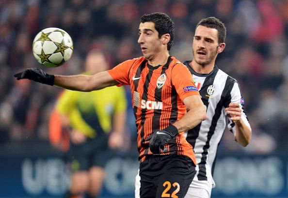 Henrikh Mkhitaryan is hoping he can get into Liverpool after appointing Raoila as his new agent.
