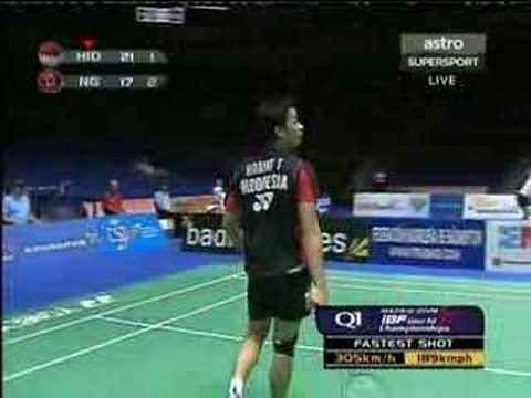 Video: Taufik Hidayat's 305 kmph smash