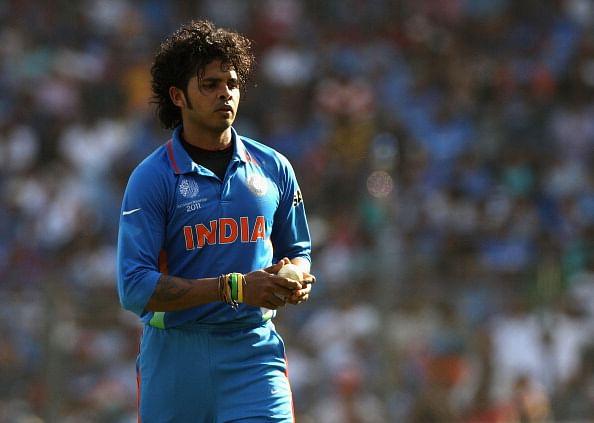 Tharoor locks horns with Kerala cricket
