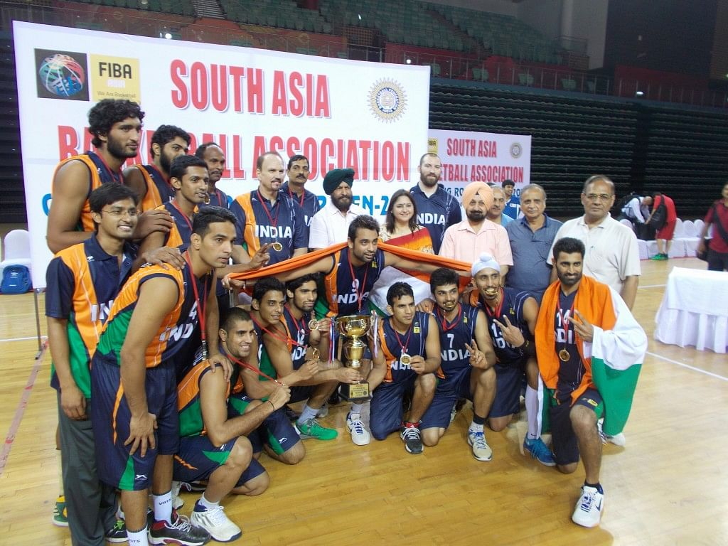 On the right track. Coach Flemming with the victorious Indian Men's team that has qualfied for the FIBA Asia Championships. Copyright: Gopalakrishnan R