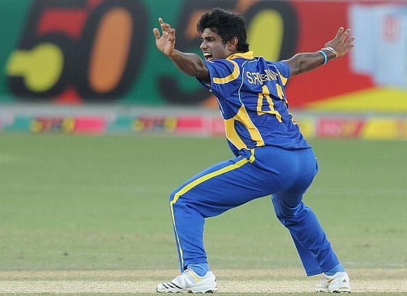 Niroshan Dickwella included in Sri Lanka Test squad