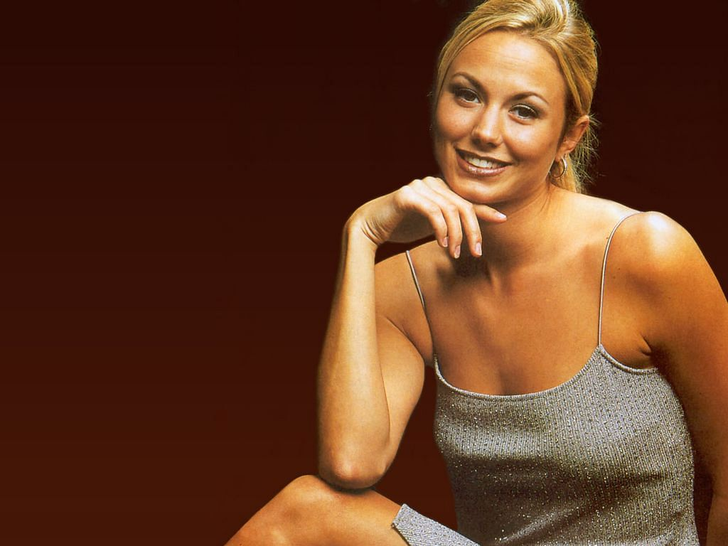 WWE: Stacy Keibler to return?