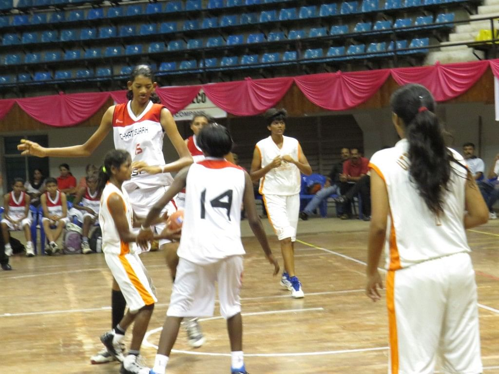 Chhattisgarh girls in action against Uttar Pradesh. Chhattisgarh went on to win the match 92-65.