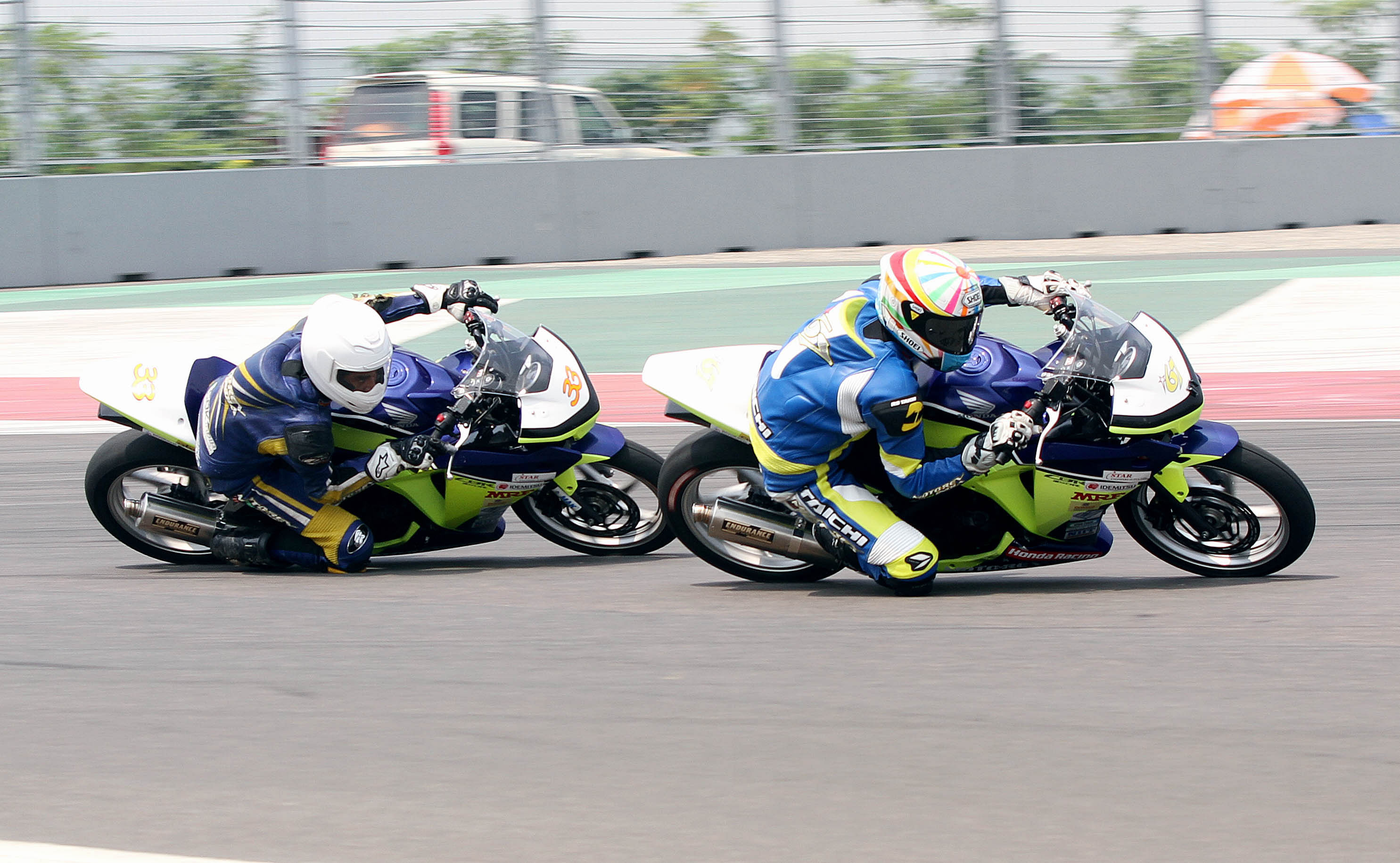 Deepak wins national motorcycle racing by 0.024 seconds