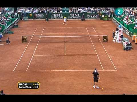 Video: Rafael Nadal's banana shot