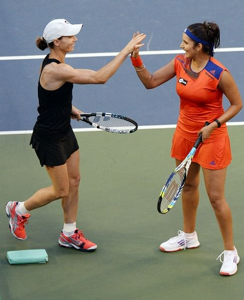 Sania, Rohan and Leander post convincing wins
