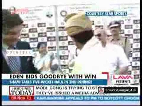 Sachin Tendulkar, Sourav Ganguly share a light moment at Eden
