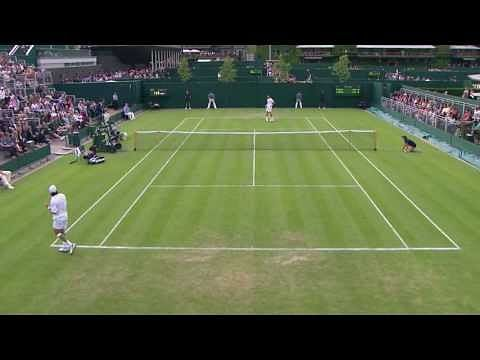 Video: Wimbledon ball boy takes a great catch