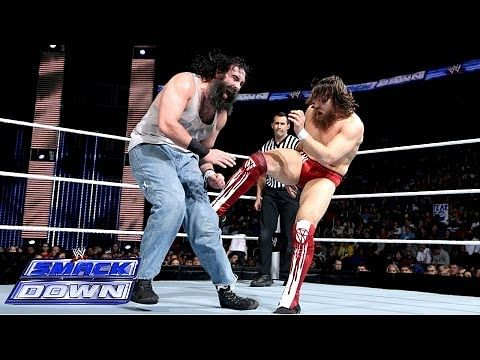 Video: Daniel Bryan vs. Luke Harper - WWE SmackDown