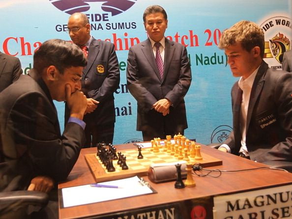 FIDE World Chess Championship 2013: Carlsen again defeats Anand, takes two point lead