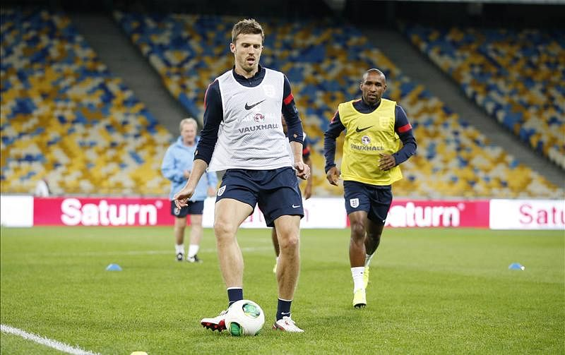 How much will Manchester United miss Michael Carrick?