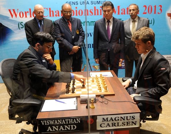 World Chess Championship 2013: Game 1 - Anand holds Carlsen to draw with black pieces