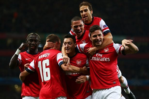 SSC Napoli vs Arsenal, Champions League grp. F - 11 Dec 2013