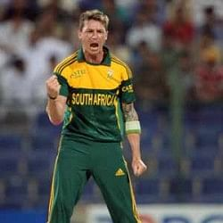 Dale Steyn and Jacques Kallis ruled out of final ODI