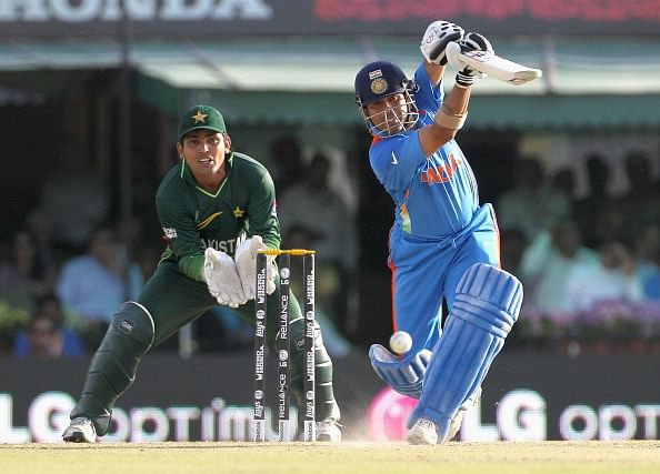 """Sachin Tendulkar played with 200% intensity against Pakistan"" - Suresh Raina"